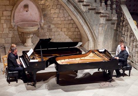 Boris Berezovsky & Alexander Ghindin, klavirski duo