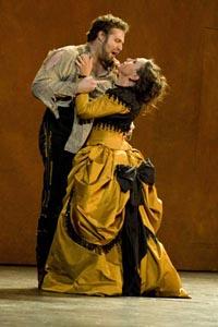 Carmen 3D, red. Julian Napier (snimka predstave Royal Opera House, London, Georges Bizet, Carmen, dir. Constantinos Carydis, red. Francesca Zambello)