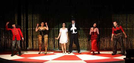 Operno kazalište Sirene, Beč, Jury Everhartz, Cirkus, dir. Anne Sushon, red. Kristine Tornquist