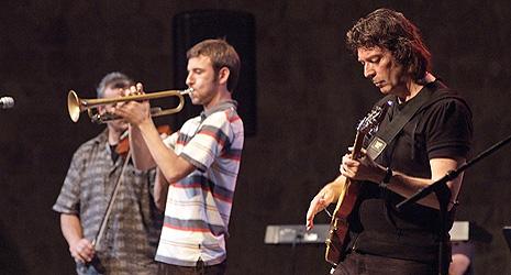 Jazz World Fusion i Steve Hackett, foto: Damil Kalogjera, www.dubrovnik-festival.hr
