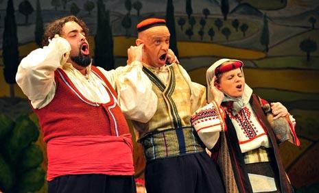 Kazalište Komedija, Zagreb: Jakov Gotovac, Đerdan, red. Richard Simonelli, dir. Krešimir Batinić, foto: © Novković