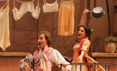 Mariusz Kwiecien (Dr. Malatesta) i Anna Netrebko (Norina); The Metropolitan Opera, New York, Gaetano Donizetti, Don Pasquale, dir. James Levine, red. Otto Schenk