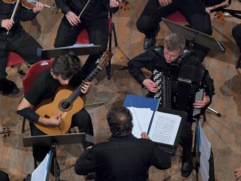 Mak Grgić, Franko Božac, Mladen Tarbuk i Hrvatska komorna filharmonija, foto: Vedran Penga
