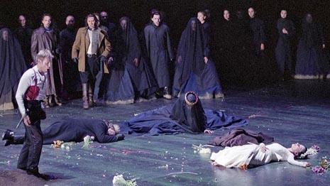The Metropolitan Opera, New York: Ambroise Thomas, Hamlet, dir. Louis Langrée, red. Patrice Caurier i Moshe Leiser