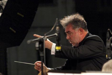 dirigent Ivo Lipanović na otvaranju 51. glazbenih večeri u sv. Donatu, foto: Vedran Penga