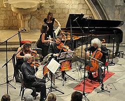 violinisti Gidon Kremer i Janine Jansen, violist Julian Rachlin, vilončelist Mischa Maisky i pijanistica Khatia Buniatishvili, foto: Željko Tutnjević, www.rachlinandfriends.com