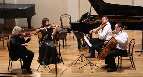 Kvartet Rucner, na koncertu u HGZ, 7. listopada 2009.; foto: Danko Vučinović, www.zgf.hr