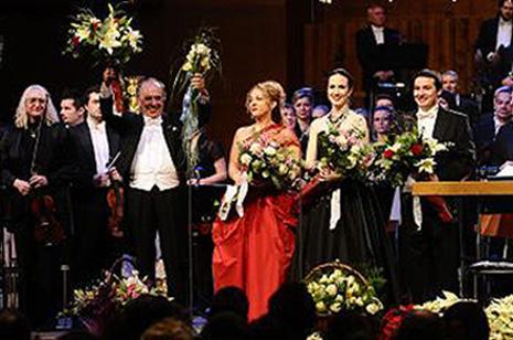 Leo Nucci, Ivana Lazar, Ana Mihanović, Ivan Repušić i ZAgrebačka filharmonija na Koncertu Korak u život, foto www.mic.hr