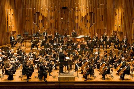 London Symphony orchestra, foto: Gautier Deblonde, www.realestatechannel.com