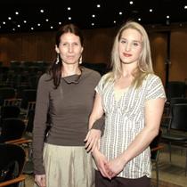Ana Sokolović i Lauren Phillips