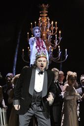 Metropolitan Opera, New York: Giuseppe Verdi, MACBETH, red. Adrian Noble; John Relyea (Banquo) i Željko Lučić (Macbeth), foto: Ken Howard (www.operatoday.com)