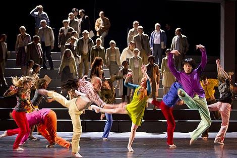 Zbor i Plesni ansambl; Opera u Grazu, Darrel Toulon / Georg Friedrich Händel, Messiah, dir. Marius Burkert, red. Darrel Toulon, foto: Werner Kmetitsch