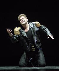 HNK u Zagrebu: Claudio Monteverdi, Orfej, dirigent Hervé Niquet, redatelj Ozren Prohić; Krešimir Špicer (Orfej), foto: Damil Kalogjera