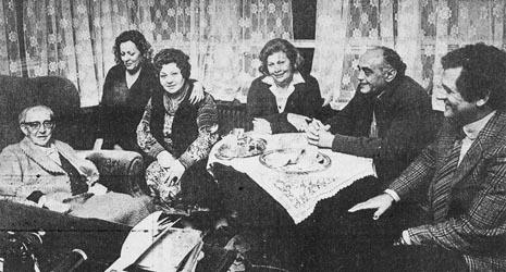 Jakov Gotovac (prvi s lijeva), Ljiljana Molnar Talajić (treća s lijeva) i Oskar Danon (drusi s desna) na pripremama opere Ero s onoga svijeta