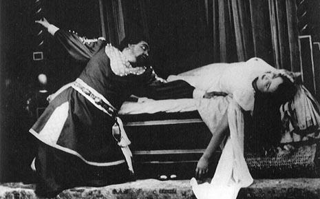 Josip Gostič (Otello) i Dragica Matinis (Desdemona) na premijeri u HNK-u u Zagrebu 1950.
