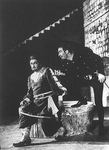 Josip Gostič (Otello) i Frano Lovrić (Jago) na Dubrovačkim ljetnim igrama 1957.