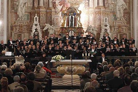 Mješoviti zbor Filharmonije Karol Szymanowski, dir. Vladimir Kranjčević, Crkva sv. Katarine, Zagreb, 7. svibnja 2011