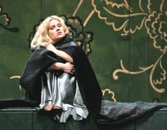 Margareta Klobučar kao Violetta u Traviati u Rijeci